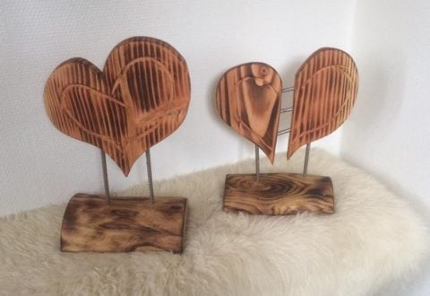 Hjerter af træ fra WoodWork and Junk.